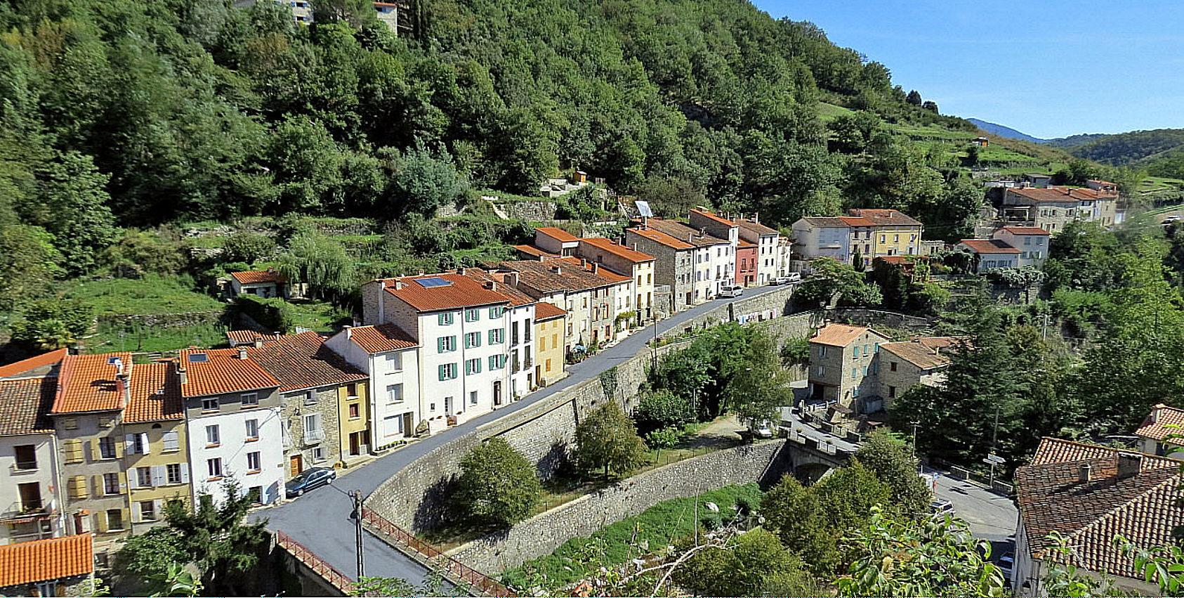 Le Tech Village - Pyrénées Orientales